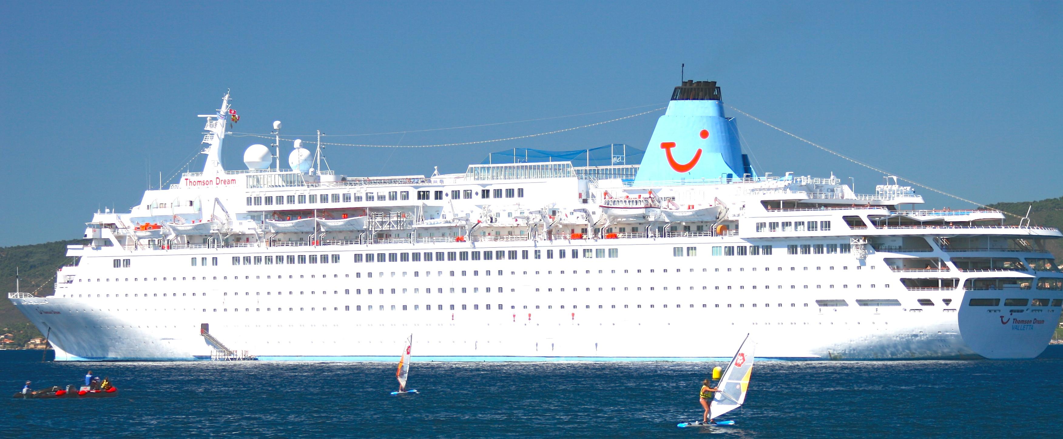 Cruising To SaintRaphael AzurAlive - The thomson dream cruise ship
