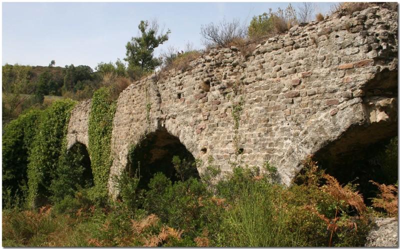 Azuralive_malpasset_aqueduc