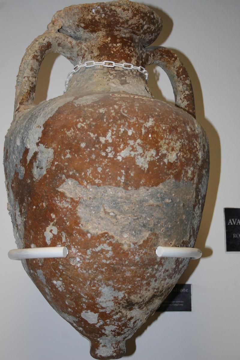 Amphora Massaliote, St Raphael Museum
